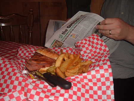 Famous Dave's sammich