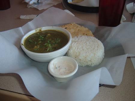 Curry in a Box murg saagwala