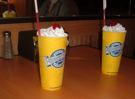 Fuddrucker's shakes